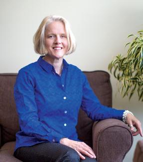 Leading Lady: Karen S. Simonton June/July 2016